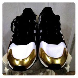 Adidas Boost TRESC RUN🏃Sz. 12